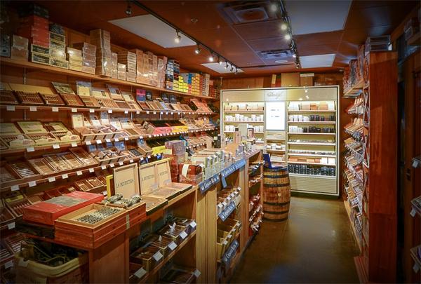 Franklin Cigar – Humidor & Hops
